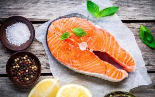 Причины аллергии на красную рыбу: как проявляется у детей, симптомы и лечение