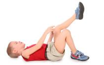 Причины из-за которых могут болеть коленки у ребенка