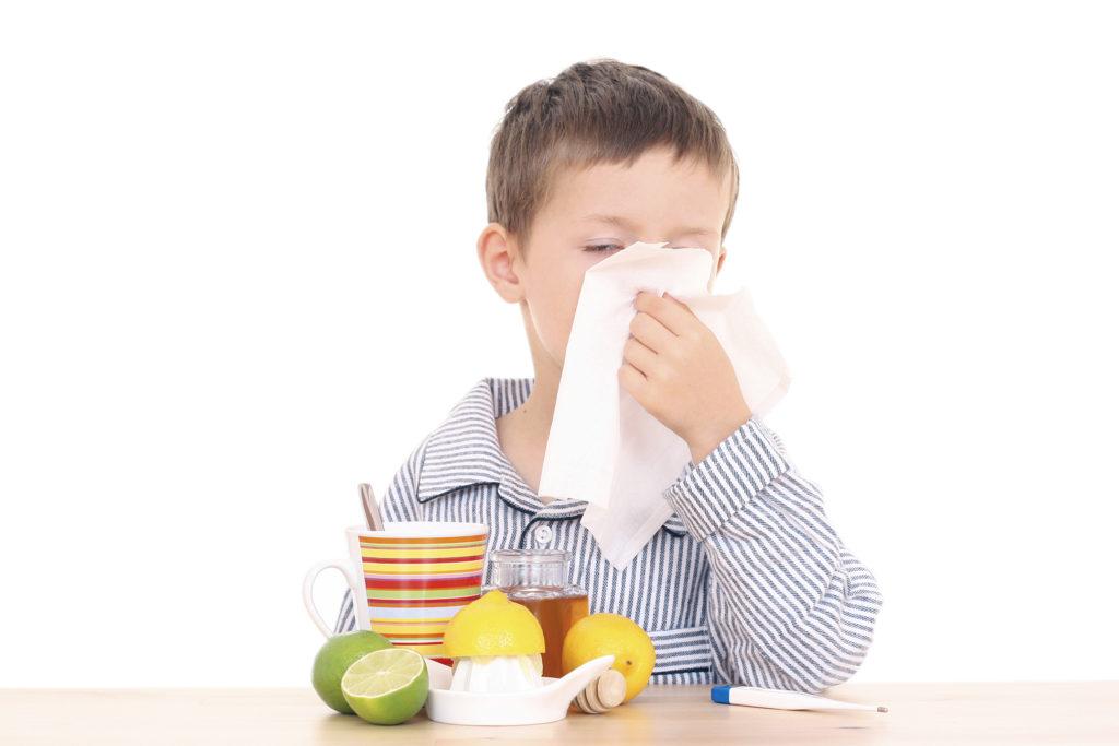 мальчик с простудой