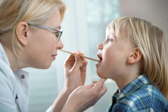 Фаринготрахеит – причины, симптомы и лечение