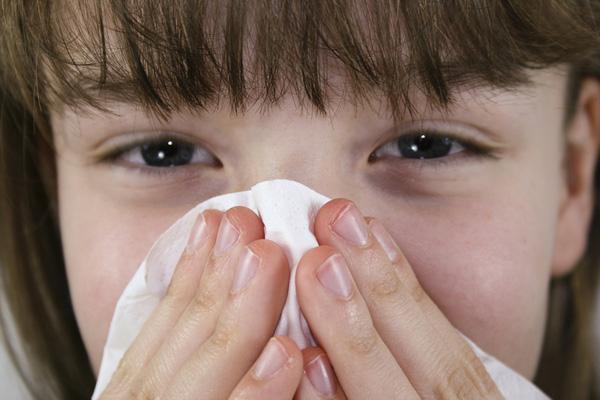 Ребенок, аллергическая реакция на плесень