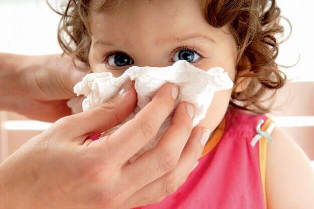 Ребенок, аллергическая перо реакция